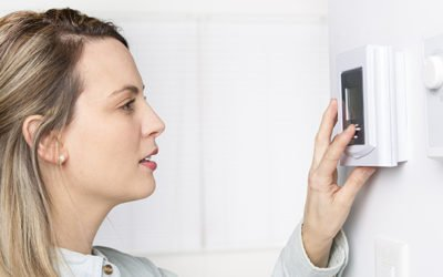 What's the difference between a programmable and smart thermostat.